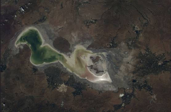 Uluslararası Uzay İstasyonu NASA astronotlarının objektifinden büyüleyici görüntülerle uzaydan görünen Dünyamız...