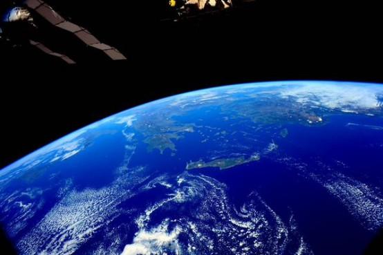 Amerikan Ulusal Havacılık ve Uzay Dairesi NASA (National Aeronautics and Space Administration) 8 milyon 585 bin takipçisinin bulunduğu Twitter hesabından Türkiye'nin uzaydan çekilmiş 2 tane fotoğrafını paylaştı.