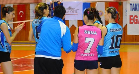 Türkiye Voleybol 2.Lig Bayanlar B Grubu'nda mücadele eden Ordu Telekomspor, Atatürk Spor Salonu'nda Bolu Belediyespor'u konuk etti. Ordu temsilcisi karşılaşmayı 3-1 kaybetti.