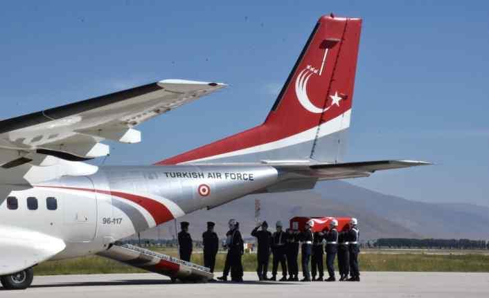 Şehit Uzman Çavuş Çetin Ak için Erzurum'da tören düzenlendi