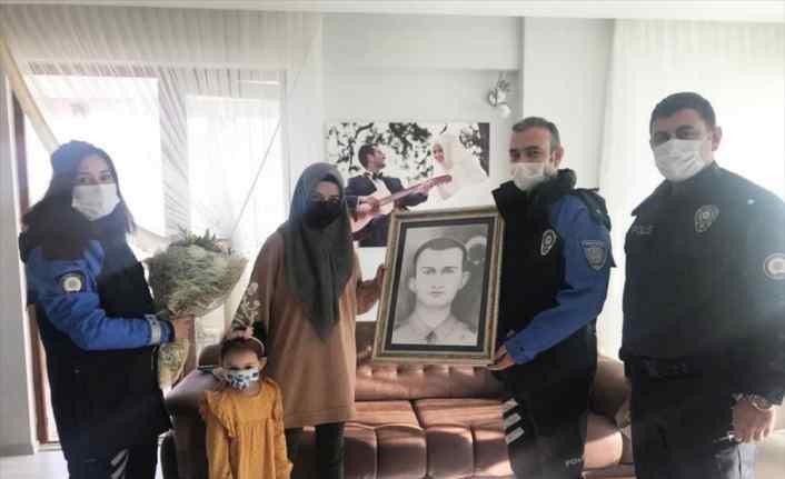 Samsun'da şehit polis Atakan Arslan'ın öğretmen eşi 24 Kasım'da unutulmadı