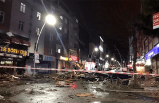 Şiddetli lodos İstanbul'u kırdı geçti