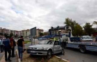 Tokat'ta kamyon ile otomobil çarpıştı: 5...