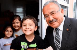 Başkan Amca'dan çocuklara 23 Nisan mesajı