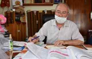 81 yaşında 4'üncü üniversite diplomasını...