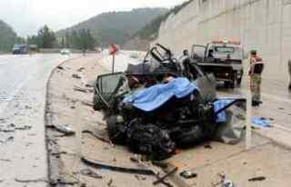 Tokat'ta tır ile otomobil çarpıştı: 3 ölü,...