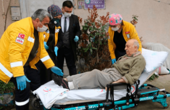 Türkiye'nin 'Burhan Amca'sı hastaneye kaldırıldı
