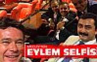 CHP'li Torun'dan eylem selfisi!