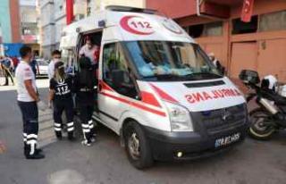 Karabük'te yangında mahsur kalan 3 kişi itfaiye...