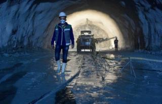 Yeni Zigana Tüneli'nde ışığa az kaldı